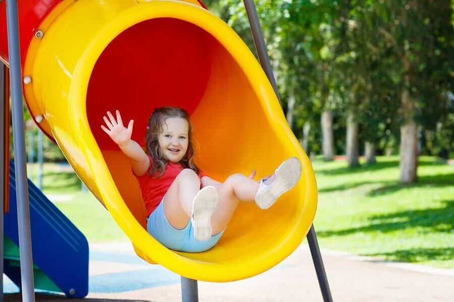 Por que brincar no parque é bom para as crianças?