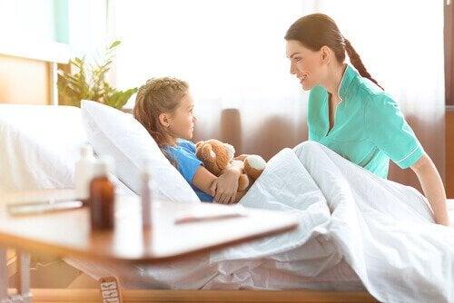 Se a criança tomar um remédio por engano, vá ao hospital imediatamente.