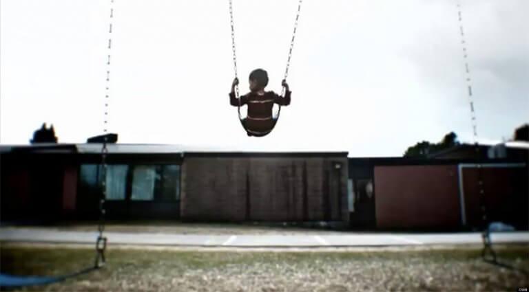 A ausência de pais de crianças pode gerar sérios problemas emocionais.