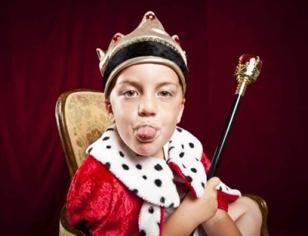 Dar presentes demais pode provocar a síndrome da criança hiper-presenteada.