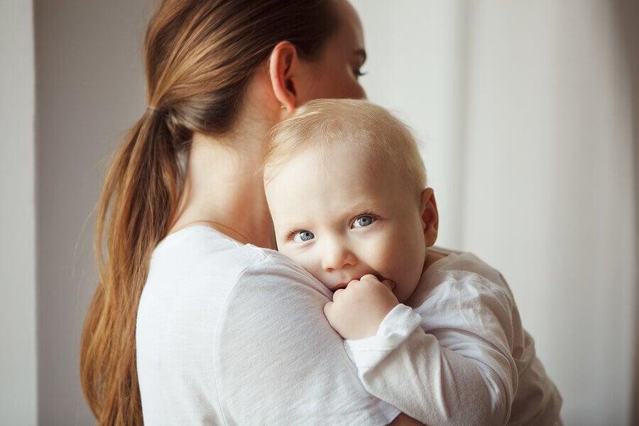 Muitas mães podem se perguntar porque o bebê nunca chora.