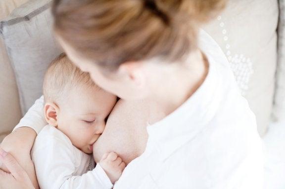 Desmame noturno: truques para ensinar o seu bebê a dormir à noite