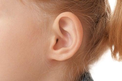 ouvido de criança