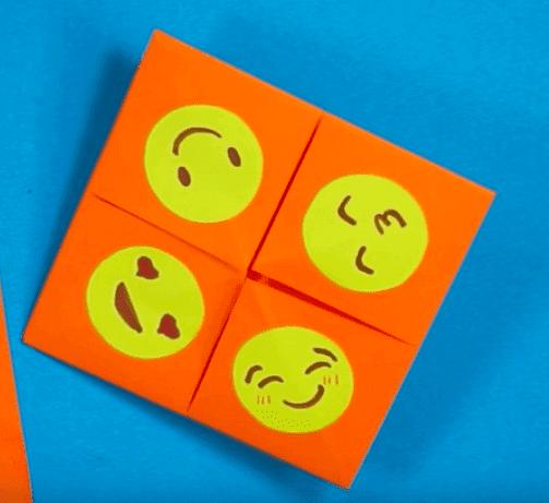 emojis em papel origami