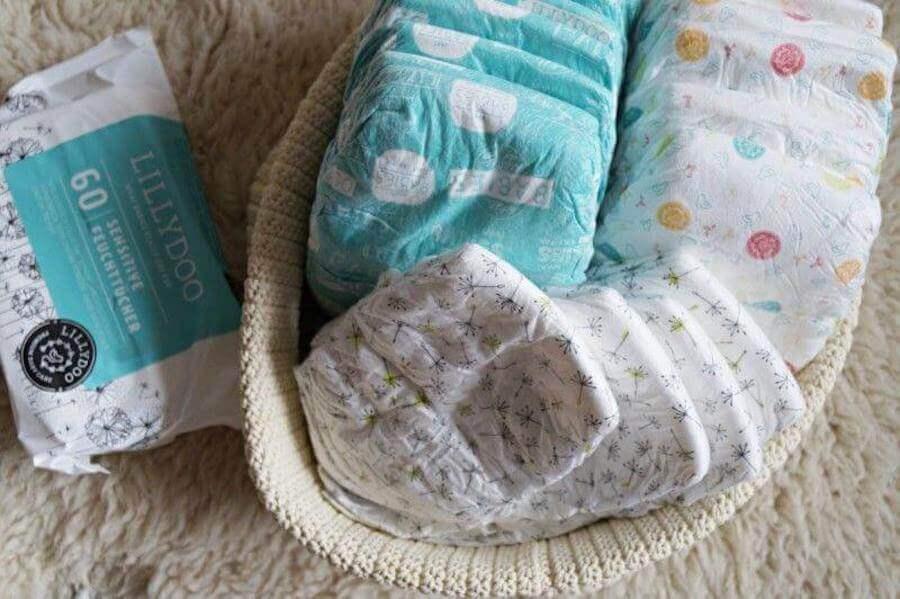 fraldas e lenços para bebê