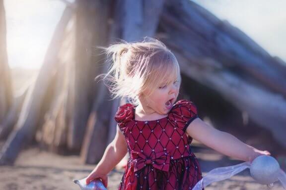 Por que as crianças gritam? Como agir?