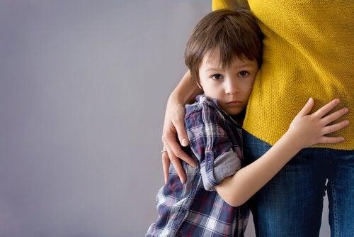 Como superar os medos irracionais na infância