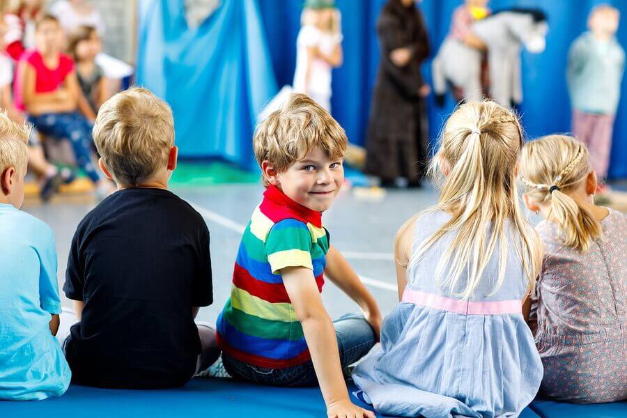 O teatro contribui para o desenvolvimento dos mais jovens