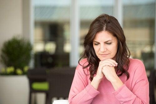 Embora muitas mulheres não saibam, é existem muitas doenças que podem aparecer com a menopausa