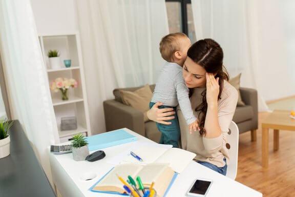 4 dicas para voltar à faculdade depois de se tornar mãe