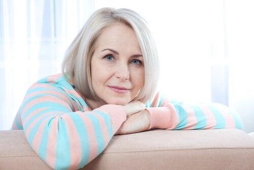 Existem várias doenças que aparecem com a menopausa, portanto é preciso ficar atento aos seus sintomas