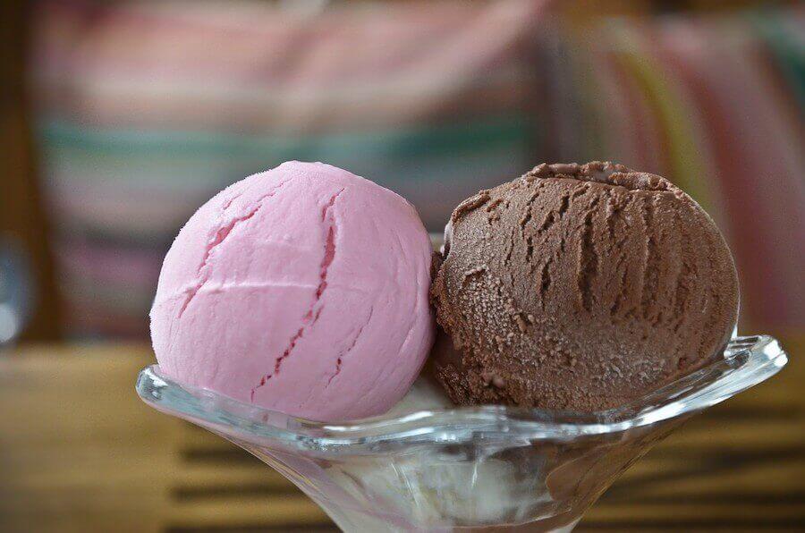 O sorvete de frutas caseiro é uma ótima opção para os dias de calor