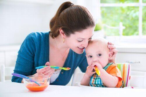 A rotina de alimentação do bebê também é benéfica para os pais.