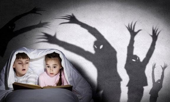 Como contar histórias de terror para as crianças