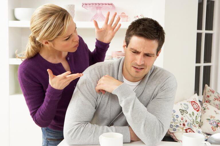 É possível resolver os conflitos de casal através da escuta ativa.
