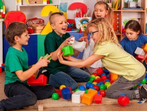 Dicas para ensinar habilidades sociais para as crianças