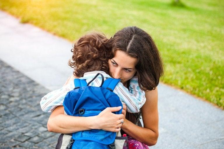 Como lidar com a separação mãe e filho.