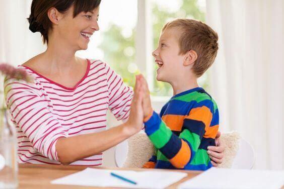 A disciplina positiva para educar crianças felizes