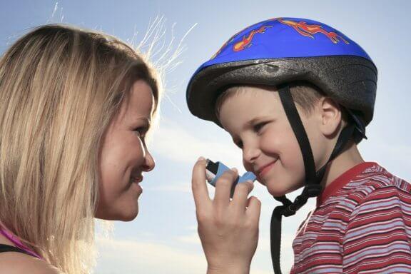 Crianças que têm asma podem praticar esportes?