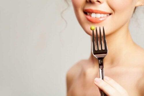 mulher de dieta