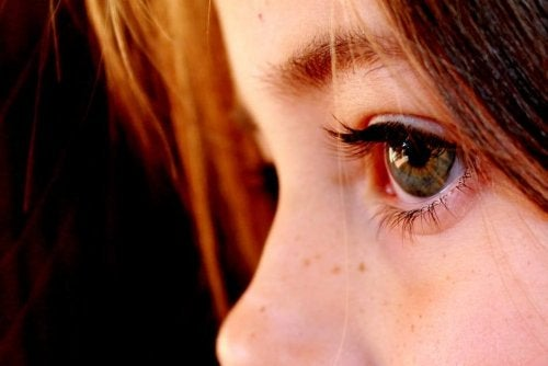 Causas do olho vago em crianças