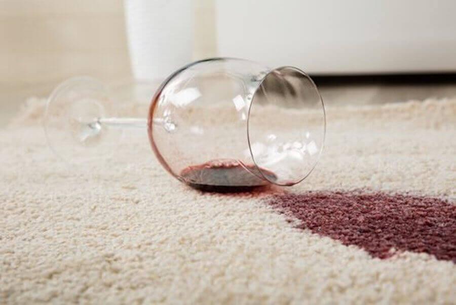 Remover manchas de vinho