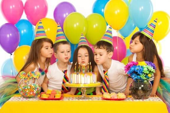 Brincadeiras fáceis para aniversários de crianças