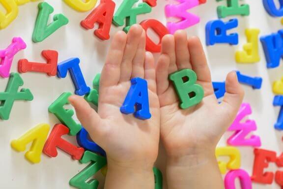 5 ações que favorecem a aquisição da linguagem nas crianças