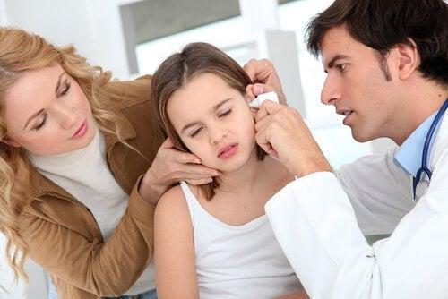 É possível prevenir a ruptura do tímpano em crianças?