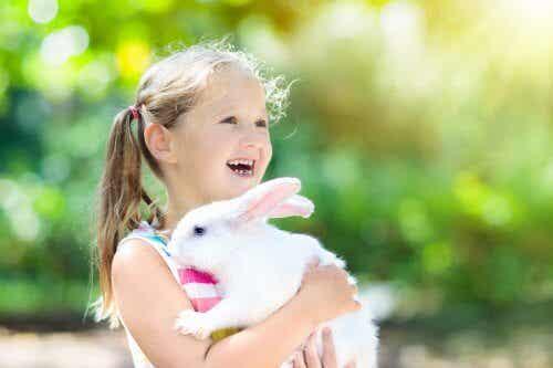 A amizade entre animais de estimação e crianças