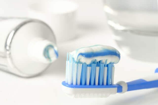 Higiene diária dos dentes