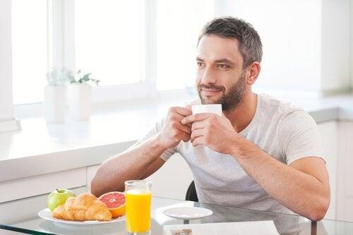 Saber como a alimentação influencia a fertilidade de homens e mulheres ajuda a evitar problemas futuros.