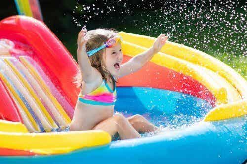 6 brincadeiras aquáticas para crianças