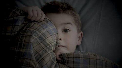 Como agir com a criança depois de um pesadelo