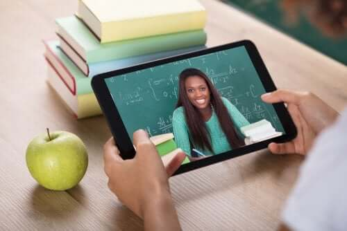 educação virtual tablet