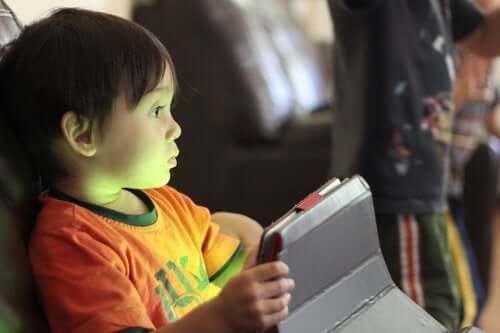 Jogos on-line e crianças seguras na internet