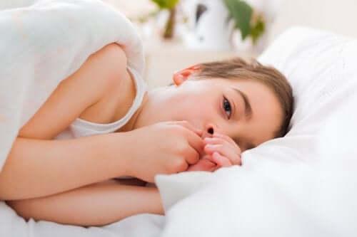 Tosse seca em crianças durante a noite: o que fazer?