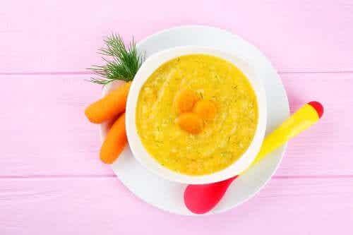 Dieta leve para cortar a diarreia em crianças