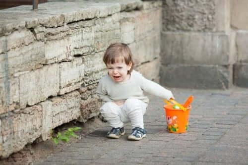 As crianças se comportam pior com os pais?