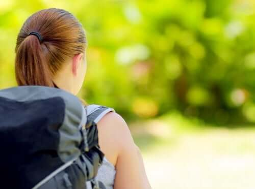 Como organizar uma mochila de acampamento