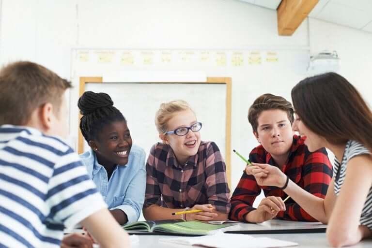 Dinâmicas de grupo para adolescentes.