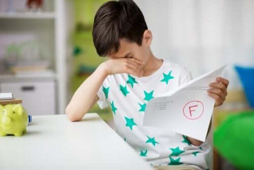 fracasso escolar