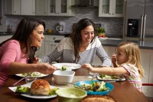 ajudar as crianças a comer bem