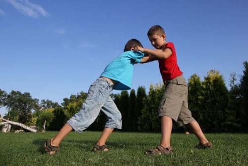 dicas para ajudar o seu filho a resolver conflitos