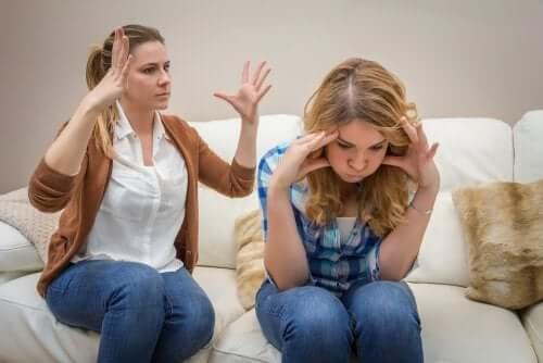 A comunicação com os adolescentes: uma missão difícil?