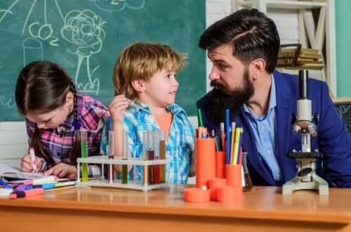 Pedagogia crítica: no que ela consiste?