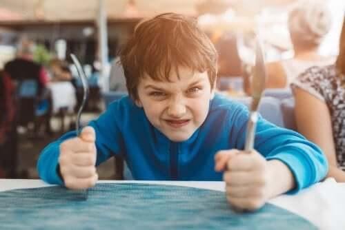 3 técnicas para aumentar o autocontrole infantil