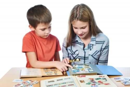 benefícios de colecionar figurinhas na infância