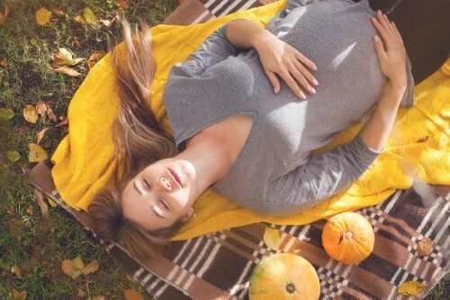 7 dicas para lidar com a gravidez durante o verão com sucesso