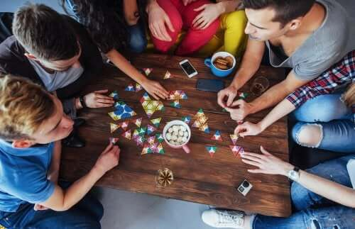5 jogos de tabuleiro para melhorar a atenção